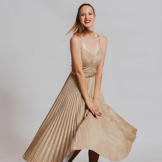 Krojaštvo - šivanje ženskih oblačil (201)