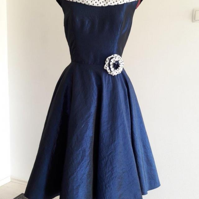 Krojaštvo - šivanje ženskih oblačil (89)